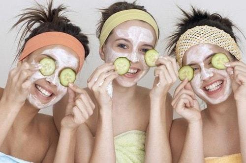 Полезные огуречные маски для лица