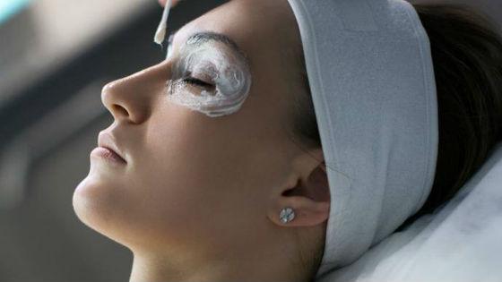 Идеальная маска из крахмала для кожи вокруг глаз